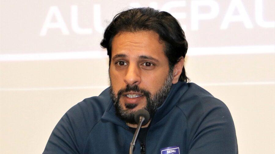 फुटबल प्रशिक्षक अल्मुताइरीकाे राजीनामा विवाद मन्त्रालय पुग्यो
